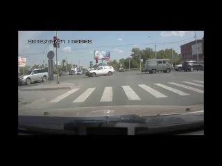 Водитель джипаря нашел приключений на свою жопу